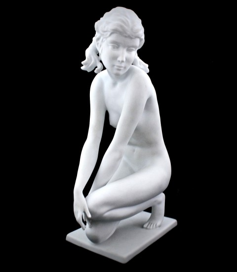 Статуэтка из бисквитного фарфора Kaiser