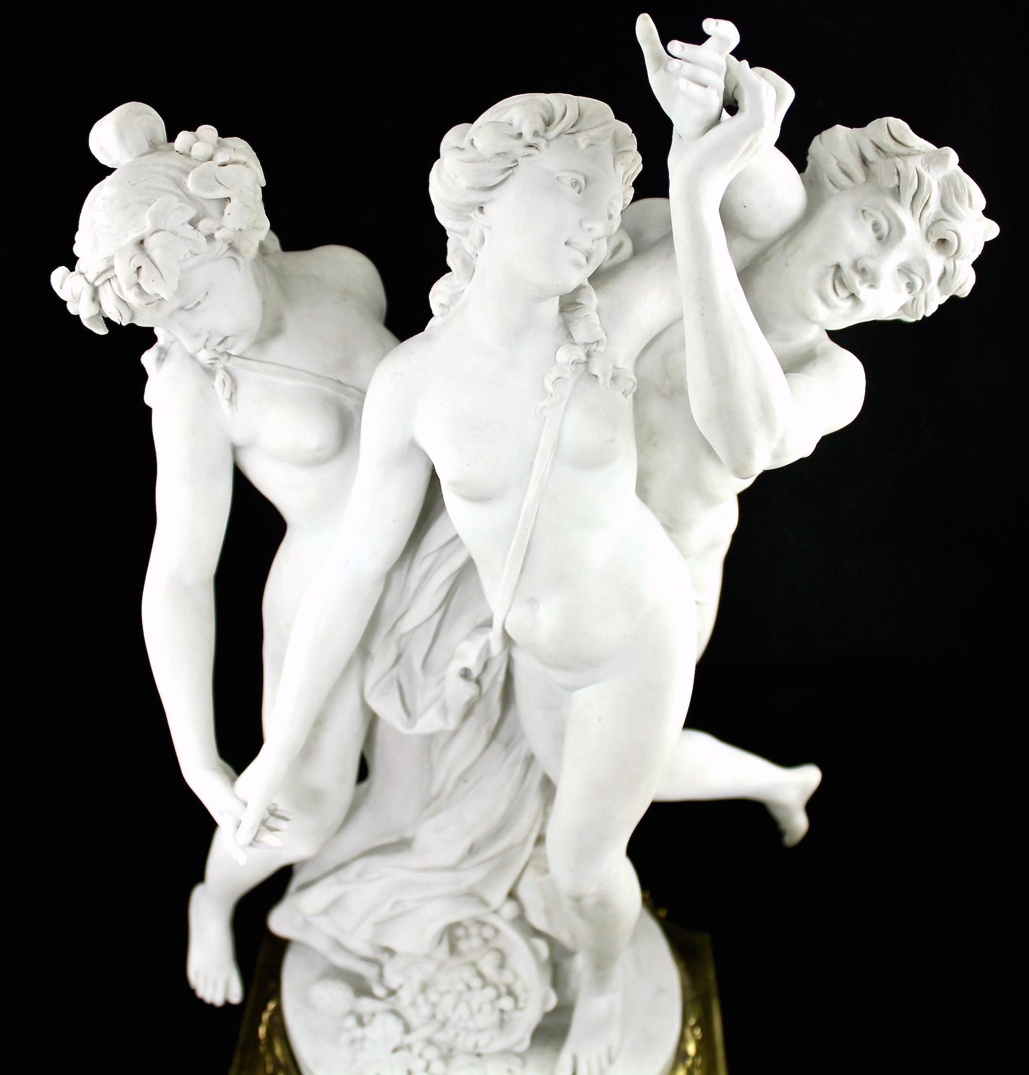 Крупная старинная скульптура из бисквитного фарфора