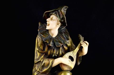 Бронзовая скульптура Пьеро. Ар деко. Европа 1930-е гг
