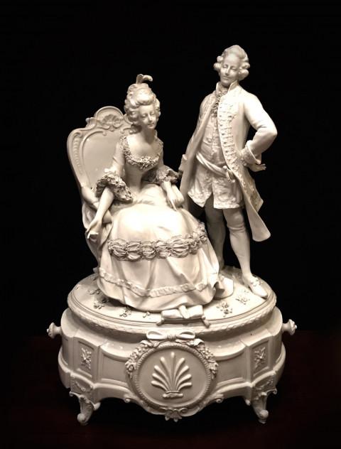 Большая скульптурная композиция из фарфора
