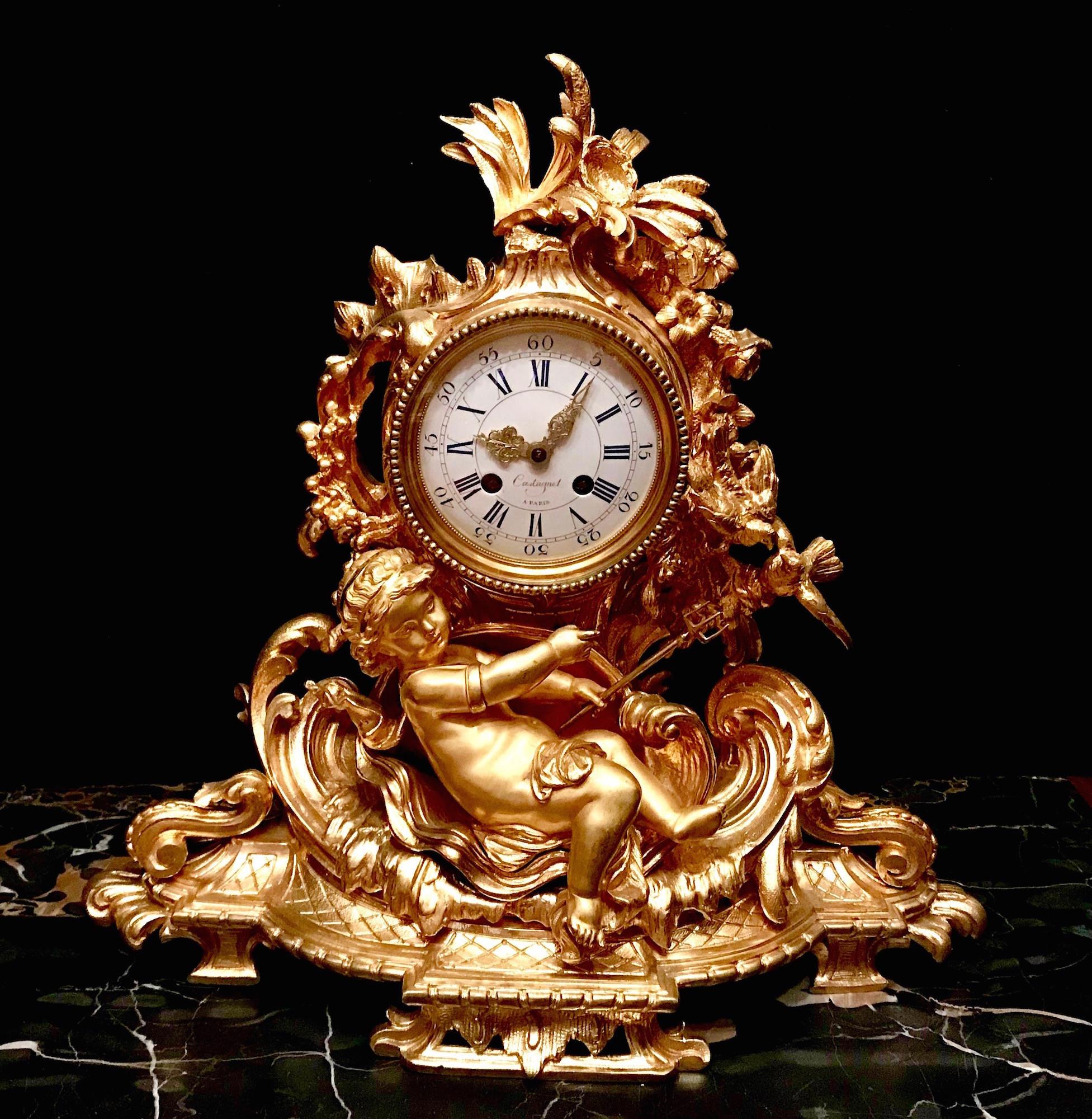 Бронзовые каминные часы