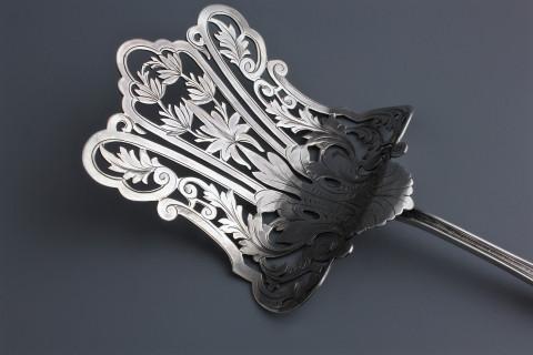 Серебряная сервировочная лопатка